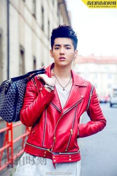 Kris models for 'Our Street Style,' is cast in new Chinese movie, + suspected to have signed on with Hwai Brothers | http://www.allkpop.com/article/2014/10/kris-models-for-our-street-style-is-cast-in-new-chinese-movie-suspected-to-have-signed-on-with-hwai-brothers