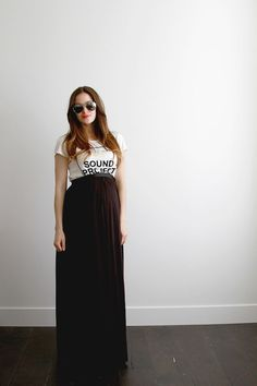 DIY 30 Minute Maternity Maxi Skirt - FREE Sewing Tutorial For latest fashion clothes visit us @ http://www.zoeslifestylefashion.com/clothing/ #diymaternityclothessummer #diymaternityclothestutorial