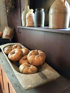 Love! Prim Decor, Country Decor, Primitive Decor, Primitive Furniture, Country Life, Rustic Decor, Primitive Autumn, Country Primitive, Fall Harvest