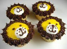 Lion cupcakes--my nephew loves lions