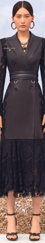 Alexander McQueen Resort 2020 | Sparkly Gold :: Alexandre Mcqueen, Alexander Mcqueen Couture, Alexander Mcqueen Dresses, Couture Wedding Gowns, Haute Couture Dresses, Haute Couture Fashion, Christian Dior Gowns, Fashion 2017, Fashion Dresses