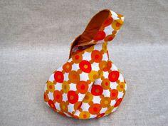 Projektbeutel, Knotentasche Orange Retro von frostpfoetchen auf DaWanda.com