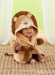 Baby Aspen's Lion Hooded Spa Robe is so unexpected. The super cute lion detailing can't be beat, and you can even personalize with baby's name! Baby Aspen, Kids Robes, French Kids, Baby Bath Time, Baby Gown, Baby Boy Fashion, Baby Girl Gifts, Baby Boy Outfits, Baby Shower Gifts
