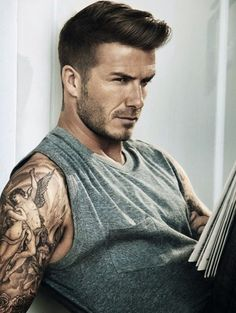 coiffure David Beckham pompadour revisite moderne