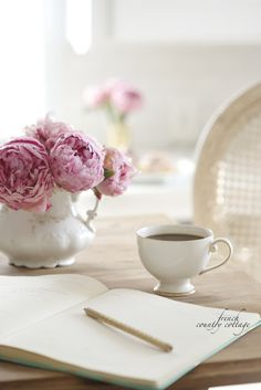 I love French country style, shabby chic , romantic and white style. This is just random things I love. Tea And Books, French Country Cottage, Rose Cottage, Shabby Cottage, Blogger Tips, Pink Peonies, Pink Flowers, Me Time, Coffee Time