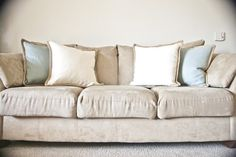 551 east diy: How to clean a microfiber couch. I have tried many things clean our microfiber couch. I am anxious to try this;to spray on couch as dries quickly, sponge the same color of the couch. Diy Cleaning Products, Cleaning Hacks, Cleaning Services, Homemade Products, Diy Products, Cleaning Microfiber Couch, Couch Cleaning, Upholstery Cleaning, Home Organization Tips