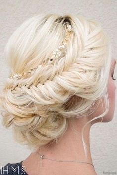 wedding hair styles hair styles medium length hair hair bridesmaid hair ideas wedding hair styles hair for bridesmaids wedding hair updos wedding hair Long Hair Wedding Styles, Wedding Hair And Makeup, Short Hair Styles, Hair Makeup, Wedding Updo, Mod Wedding, Elegant Wedding, Makeup Hairstyle, Wedding Hairstyles And Makeup