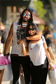 Over Katy! Russell Brand and Isabella Brewster show some PDA while having late lunch at a Greek restaurant on Larchmont Blvd, Los Angeles, July 21, 2012.