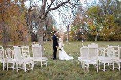 Flowers by laceandliliesflowers.com , Cotton wedding ceremony backdrop / Shutterchic Photography