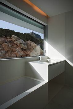 House On The Cliff By Fran Silvestre Arquitectos,Calpe,Alicante