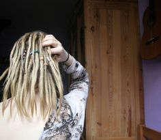 #dreads #dreadlocks #roots #hair #blonde #girl #back #beads #hairliketreeroots #girlwithdreads #neglect #7 #months