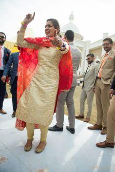 """""""Veere End ho Rakheya Bass"""" – – A Punjabi Wedding in Patiala – Ohio Wedding Photographer Indian Designer Suits, Indian Suits, Indian Attire, Indian Wear, Salwar Dress, Punjabi Salwar Suits, Punjabi Fashion, Indian Fashion, Stylish Suit"""