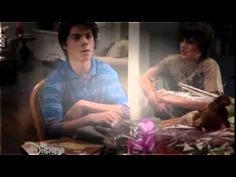 My Babysitter's a Vampire Season 1 Episode 7 Smells Like Trouble - YouTube
