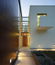 Great #entrance to a #contemporary #house in Zagreb