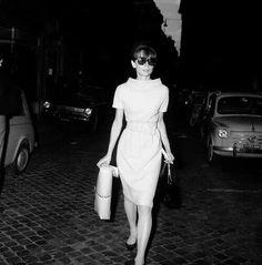 ...Hepburn...!