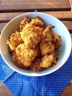 Mein Kleiner liebt Chicken Nuggets und ich jetzt auch. Seit ich sie selber mache und weiss was drin ist. Tempura, Beignets, Cornflakes, Calories, Tapas, Grains, Rice, Meat, Ethnic Recipes