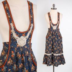 What a great jumper! | Vintage 70s navy floral YOUNG EDWARDIAN suspender dress