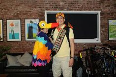 DIY Halloween Costume – Kevin and Russell from Disney Pixar's Up Movie – angelahums Up Halloween Costumes, Up Costumes, Halloween Kostüm, Halloween Decorations, Halloween Recipe, Costume Ideas, Women Halloween, Halloween Makeup, Pretty Halloween