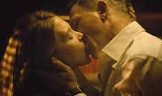 She might have enjoyed working with Daniel Craig but Spectre star Lea Seydoux has said that filming steamy scenes with the James Bond star was 'awkward'. New James Bond, James Bond Movies, Daniel Craig, Spectre Movie, Seydoux, Kissing Scenes, Love Scenes, French Actress, Amor