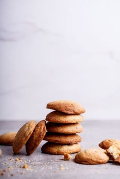 The very best chocolate chip cookies - simply-delicious-food.com