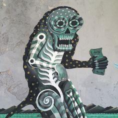 Don Juan dinero seduce a la guardia del cenote #street #streetart #graffiti #mural #streetartistry #streetarteverywhere #urban #urbano #lesuperdemon #raul_sisniega #L3SD #mexico #diseñomexicano #globalstreetart #walls #artists #paintedcities #lesuperdemon #raul_sisniega #mexico #street #streetart #streetarteverywhere #wall #muro #ilustracion #illustration #kunst #artepublico#geisteskunst