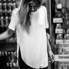 Scoop Split Pure Color Slim Short Sleeves Long T-shirt