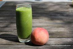 Grüner Pfirsich-Bananen-Smoothie