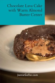 A rich and fluffy chocolate cake filled with creamy almond butter makes for a warming Pesach dessert. Classic is best. #shabbat #dairyfree #dessert Fluffy Chocolate Cake, Chocolate Lava Cake, Passover Desserts, Candied Almonds, Healthy Food, Healthy Recipes, Lava Cakes, Almond Butter, Nutritious Meals