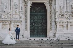 """Worship the Gothic Architecture with our love #wedding #malaysiawedding #italy #milan #milano #duomo #gothic #lovestory #photographer #weddingphotography #igmalaysia #igers #bridal #bridalgown #bride #groom #bridestory #weddinginspiration #brideoftheday #weddingday #weddingmoments #hellomay #junebugweddings #bridestyle #luxurywedding #theknot #theweddingscoop #greenweddingshoes #rookeandrovercrew"" by @hpluspicture. #невеста #prewedding #brides #engagement #свадебноеплатье #vestidodenoiva…"