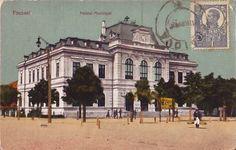 Focsani - Palatul Municipal (primaria veche) intr-o ilustrata de la inceputul anilor 1900 Taj Mahal, Louvre, Building, Travel, Color, Viajes, Buildings, Trips, Colour