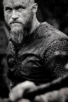 Ragnar Lothbrok on Vikings