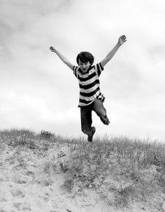 Toujours du sable, et toujours au sud avec ce joli jump de Paul à l'Ile de Ré, France  #artofthejump #jump