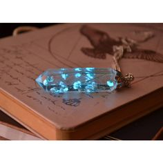 Glow in the dark necklace Glowing Necklace Crystal Point Necklace Real... (£27) ❤ liked on Polyvore featuring jewelry, necklaces, glow in the dark necklaces, crystal flower necklace, flower necklaces, glow in the dark jewelry and flower jewelry