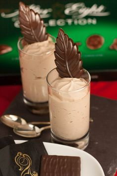 Easy dinner party dessert idea from Fuss Free Flavours - After Eight Ice Cream Shots.