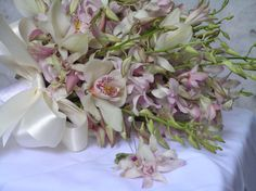Save up to 70% on Lavender Dendrobium Orchid Wedding Bouquets! Buy Lavender Dendrobium Orchid Wedding Bouquets, Bridal Bouquets online and Wholesale Wedding Bouquets at BunchesDirect