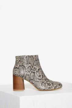 Vagabond Kaley Leather Ankle Boots - Boots + Booties