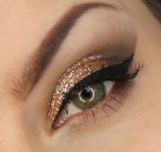 Nice 40 Simple but Nice New Year's Eve Make Up Ideas