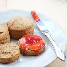 30min wholemeal cream scones (only 3 ingredients!) with homemade strawberry conserve