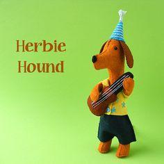Herbie Hound and His Ukulele - felt softie pattern PDF