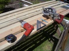 Cheap, Easy, Low-waste Platform Bed Plans : 7 Steps (with Pictures) - Instructables Woodworking Jig Plans, Used Woodworking Machinery, Woodworking Projects That Sell, Woodworking Furniture, Woodworking Shop, Diy Furniture, Youtube Woodworking, Workbench Plans, Woodworking Patterns