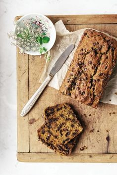 Candice Kumai shares a pumpkin favorite that's loaded with chocolate chips and deliciously gluten-free from her book Clean Green Eats . Photo: Evi Abeler Chocolate Chip Pumpkin Loaf  Yields one 8-inch loaf Chocolate plus pumpkin: simple, moist, delicious.