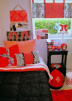 An Alpha Omicron Pi Bedroom!