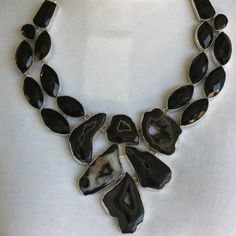 Exclusive blck Bostwana Agate Druzy Faceted Spinel Stunning 18' necklace silver metal purity 925 total carat weight is 665 Agate/Druzy and Black Spinel is very beautiful Jewelry Necklaces