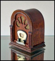 Vintage-style radio on etsy