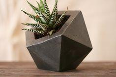 Concrete Geodesic Planter Dark Grey by Obelisk: fine concrete décor.