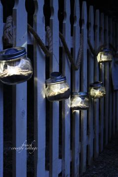 French Country Cottage: Solar powered mason jar lights