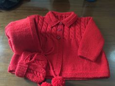 Hand Knitted Baby Cardigan Diverses Couleurs Disponibles. 6-9 mois