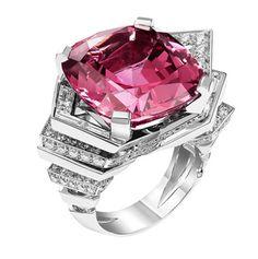 08ce50436bd12 La bague Entrelacs en spinelle rouge de Lorenz Bäumer   Vogue Bijoux  Diamant, Créateur De