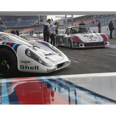 Mission Le Mans: Do it again, Porsche! Le Mans, Classic Race Cars, Porsche Classic, Racing, Vehicles, Wheels, Magazine, Cars, Running