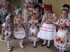 Kalocsa small town in Hungary and typical dresses with hand-made embroideries - Picture of Etour-Budapest - Tripadvisor Folklore, Adorable Petite Fille, Art Populaire, Hungarian Embroidery, Precious Children, Folk Costume, My Heritage, Traditional Dresses, Trip Advisor